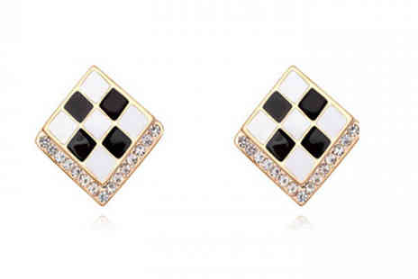 Jewleo - Geometric Stud Earrings in 3 Colours - Save 84%