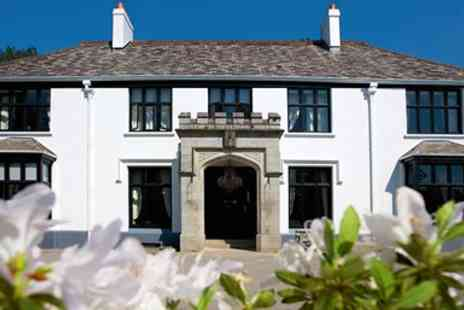 Glazebrook House - Overnight stay & superb tasting menu - Save 27%
