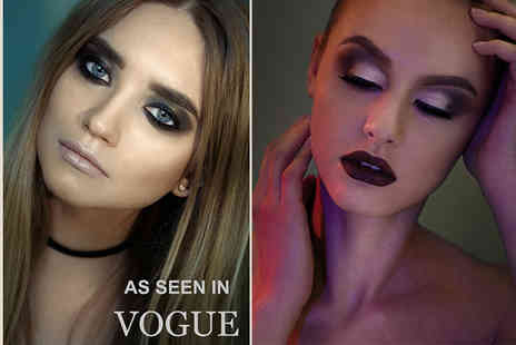Makeup London Academy - Three hour makeup masterclass with a premium gift to take home and glass of Prosecco - Save 85%