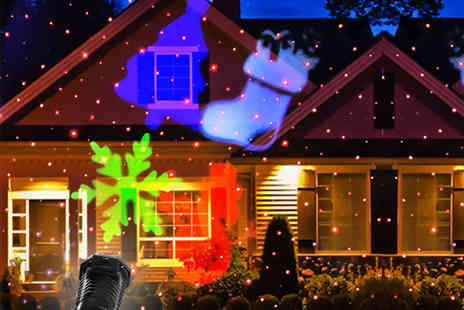 Groundlevel - Moving LED laser outdoor Christmas light - Save 75%