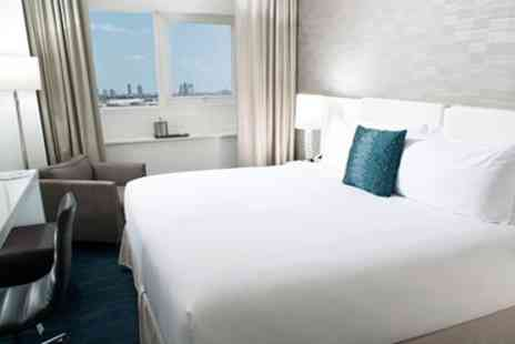 YVE Hotel Miami - Downtown Miami Hotel into Winter - Save 0%