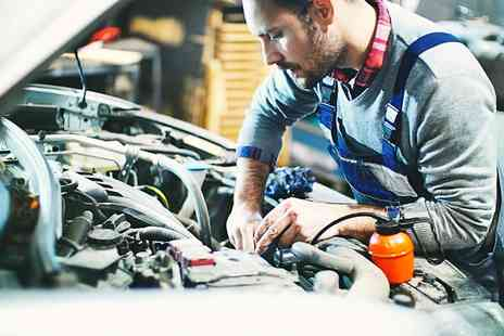 Drivers Autocentre - Interim Service with Oil and Filter Change or Major Service with Optional Coolant - Save 48%