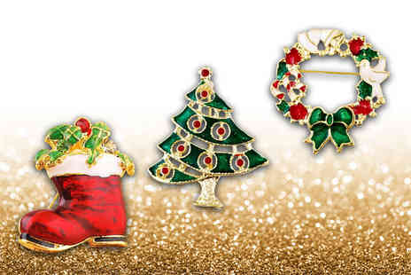 London Exchain Store - Three vintage style Christmas brooches - Save 77%