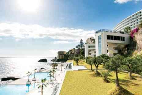 Travel Interaction - Five star oceanfront holiday with meals & spa - Save 0%