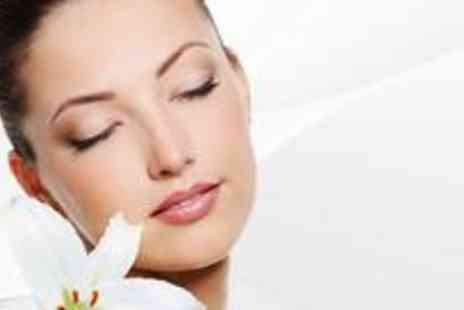 Essex Look - Three sessions of Diamond Peel Microdermabrasion - Save 77%