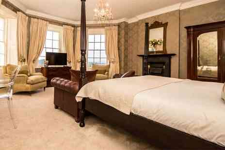 Brooks Country House - One or two night Herefordshire B&B stay for two with a two course dinner and glass of Prosecco - Save 34%