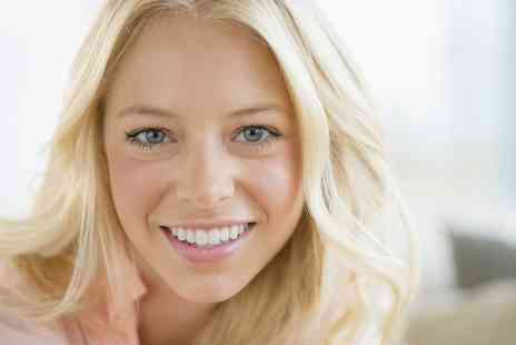 Mile End Dental - Up to Six Composite Veneers - Save 54%