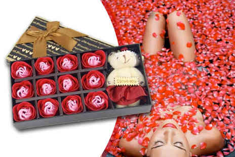 Bing Bang Bosh - Dozen fragranced bath rose petals and teddy bear gift box create scented baths - Save 73%