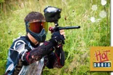 Hot Shots - Paintballing For Fifteen With 100 Paintballs Each - Save 93%