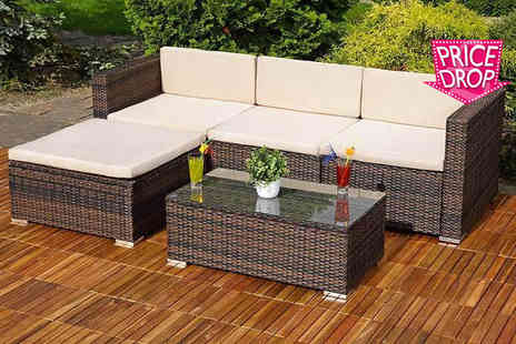 Giomani Designs - Three piece rattan corner sofa set - Save 72%