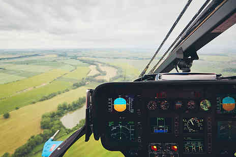 Red Letter Days - 12 mile helicopter pleasure flight - Save 0%