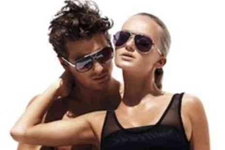 Red Hot Sunglasses - Beautiful designer sunglasses by Ray Ban, Gucci, Jimmy Choo & more - Save 68%