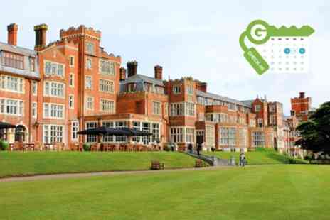 De Vere Selsdon Estate - Double Room for Two with Breakfast and Drink Voucher - Save 33%