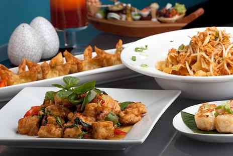 Fusion Restaurant - Four Course Thai or Chinese Meal including Prosecco & Prawn Crackers for Up to Six - Save 56%