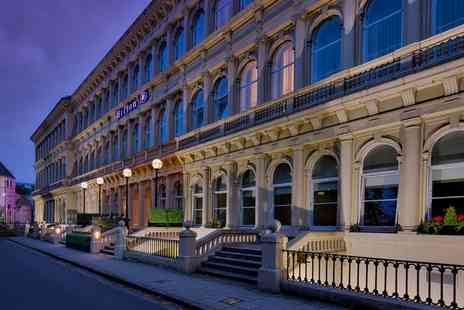 Hilton Glasgow Grosvenor Hotel - One or Two Sharing Platters and Wine for Two or Four - Save 33%