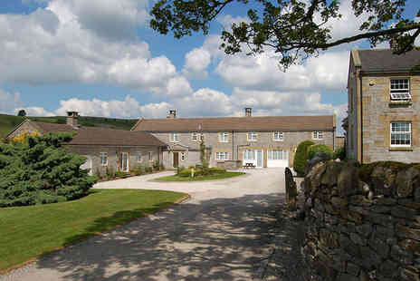 Paddock House Farm - Three or Four night self catered Peak District stay for two people in a one bedroom cottage - Save 61%