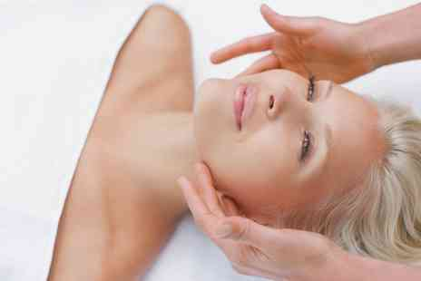 The Natural Skinn Company - Choice of 30 or 45 Minute Massage with Facial - Save 0%