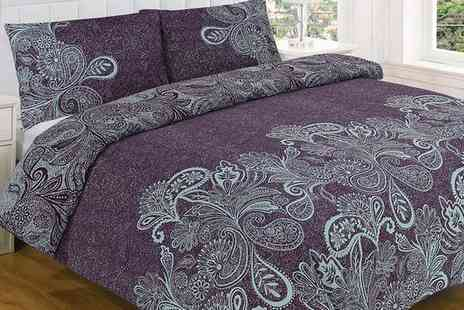 Groupon Goods Global GmbH - Paisley Duvet Set in a Choice of Size and Colour - Save 74%