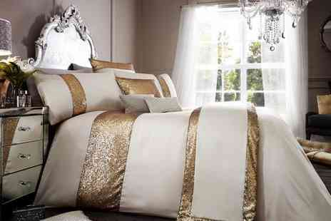 Groupon Goods Global GmbH - Glamorous Duvet Cover Set in Choice of Colour - Save 60%