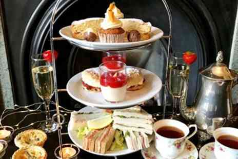 Ashmount Country House - Country house afternoon tea & bubbly for 2 - Save 30%