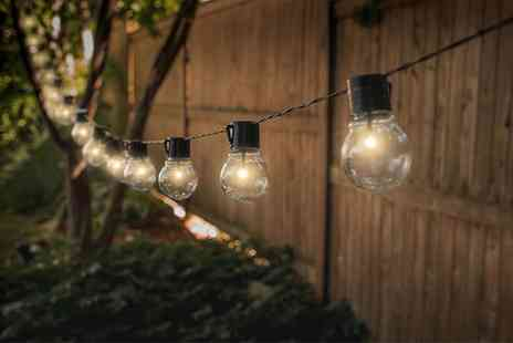 Groupon Goods Global GmbH - 10, 20 or 30 Globrite Solar Powered Classic or Colour Retro Style String Light Bulbs - Save 60%