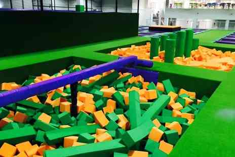 Jump Arena HO - Trampoline Park Family Pack with Pizza and Drinks for Up to Four - Save 33%