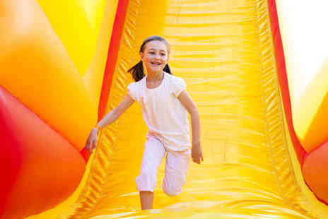 Fantastic Inflatable World - Entry to Fantastic Inflatable World theme park - Save 21%