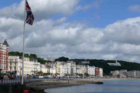 Bed & Blueberry - Two or three night Isle Of Man getaway with breakfast for two - Save 34%
