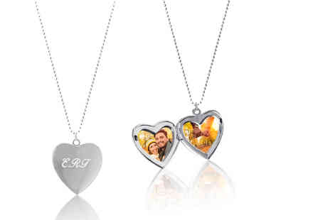 Your Perfect Canvas - Personalised locket and chain - Save 79%