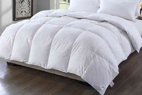 Groupon Goods Global GmbH - 13.5 Tog Silver Piped Winter Warm Goose Feather and Down Duvet - Save 75%