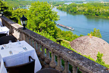 Domaine De La Corniche - Four Star Gourmet Mansion Stay over the Seine For Two - Save 74%