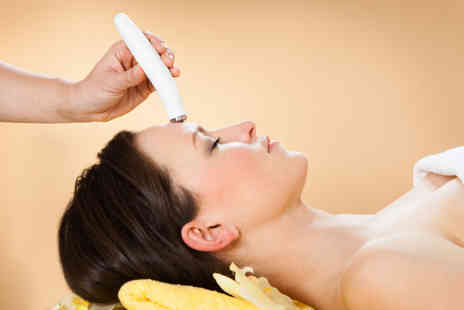Curv i Cure - 30 minute microdermabrasion treatment - Save 0%