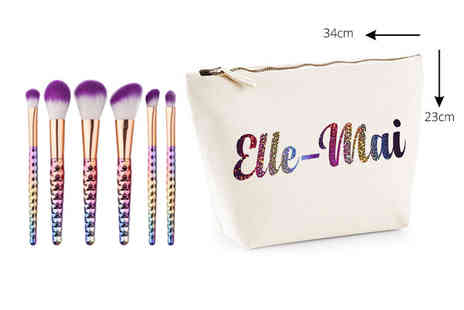 Treats on Trend - Personalised Unicorn makeup bag gift set - Save 56%