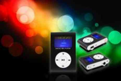 Gadgetsandproducts.co.uk - 8GB Mini Clip Mp3 Player with Speaker and Car Adaptor - Save 64%