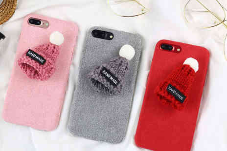 Charles Oscar - Knitted woolly hat phone case - Save 82%