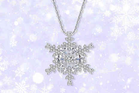 Your Ideal Gift - Snowflake pendant made with crystals from Swarovski - Save 82%