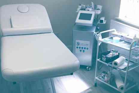 Ice Clinic Enterprise - Up to Four Sessions of Cryogenic Lipolysis on One Area - Save 76%