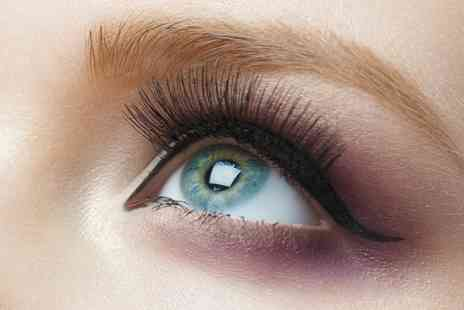 Eden Spa - Full Set of Eyelash Extensions - Save 63%