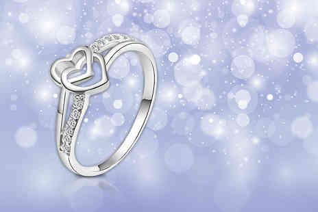 Evoked Design - Crystal heart ring - Save 76%