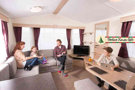 Parkdean Resorts - Three night weekend or a four night midweek caravan break for up to six - Save 58%