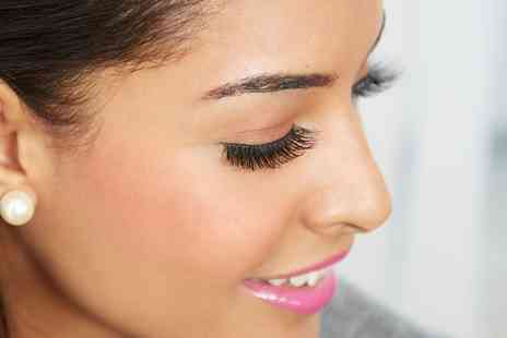 PureSun - Set of Cluster Eyelash Extensions or Full Set of Individual Extensions - Save 37%