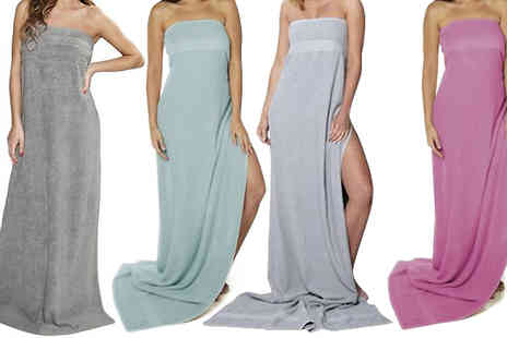 Goods Direct - Pair of 100% Cotton Kingsley Jumbo Towels Available in Four Colours - Save 62%
