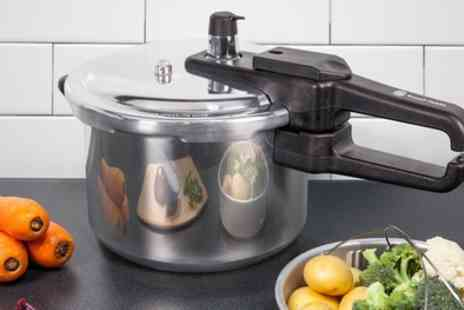 Groupon Goods Global GmbH - Russell Hobbs RH001 4L Pressure Cooker - Save 71%