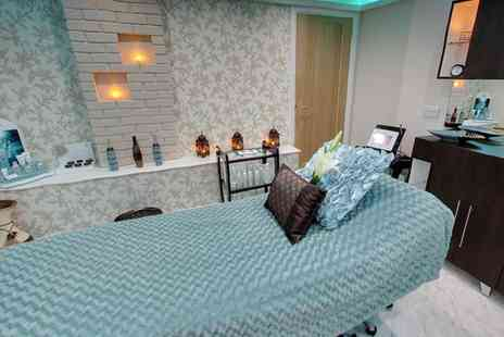 VSPA Retreat - Choice of One Hour Massage, Use of Foot Spa Facilities and an optional Express Facial - Save 50%
