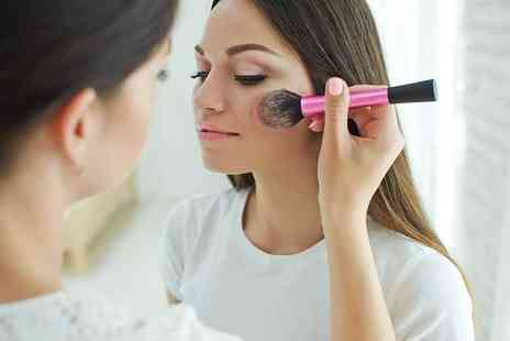 New Skills Academy - Online makeup artists diploma course including salon management - Save 94%