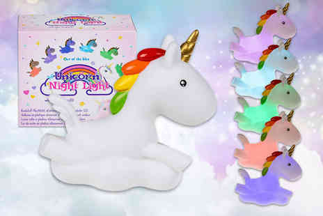 London Exchain Store - Colour changing unicorn LED night light, make bedtime magical - Save 80%
