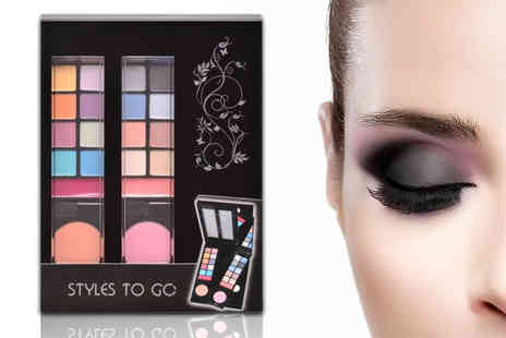 Forever Cosmetics - Urban beauty 2 styles to go makeup palette - Save 67%
