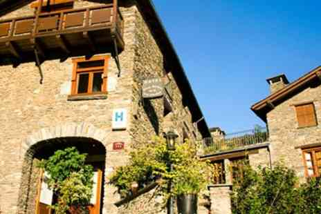 Hotel Santa Barbara de la Vall d Ordino - Three night stay into ski season - Save 0%