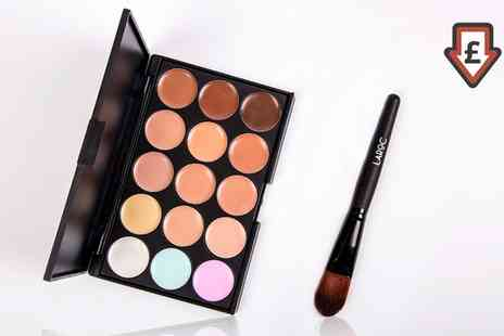 Groupon Goods Global GmbH - One or Two LaRoc 15 Shade Contour Palettes with Foundation Brush - Save 70%