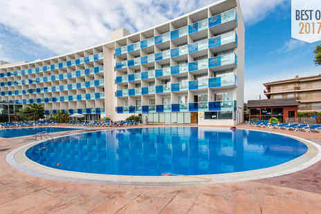 Hotel Nuba Comarruga - Four Star Family Friendly Getaway For Two on the Costa Dorada - Save 71%